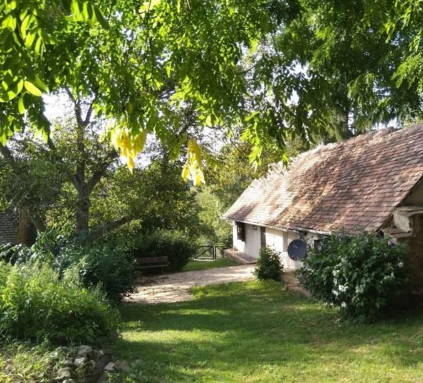 Authentieke Hongaarse boerderij te huur in Kovácsszénája in de provincie Baranya.